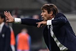 Antonio Conte punya andil besar dalam membangunkan Inter Milan yang lama tertidur. Sumber: AFP/Marco Bertorello/via Kompas.com