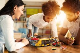 Mengenalkan LEGO pada anak | Sumber foto: Perusahaan LEGO