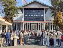 Kelompok 1, 2 dan 3 desa Rancasalak sukseskan KKN tematik 2021 (Dok. Pribadi).