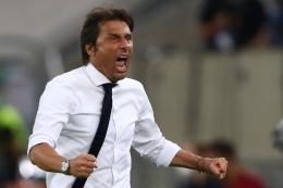Antonio Conte saat masih melatih Inter Milan (AFP/DEAN MOUHTAROPOULOS/via kompas.com)