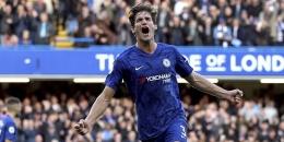 Marcos Alonso, bek kiri Chelsea (Foto: AP Photo).