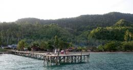 Keadaan secara umum desa-desa di pesisir Halmahera pada 2010an (@Hanom Bashari)