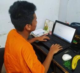 Belajar online dari rumah (doc.pri)
