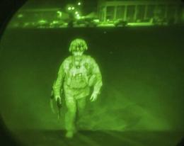 Tentara Amerika terakhir yang meninggalkan Afghanistan. Photo U.S. Central Command via The Associated Press