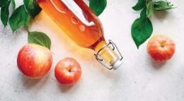 Apel dan cuka sari apel. Sumber: The Anti-inflammatory Plan, 1st Ed., 2021, hlm. 60.