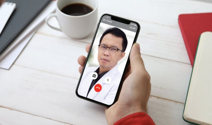 Aplikasi kesehatan (sumber: halodoc.com)
