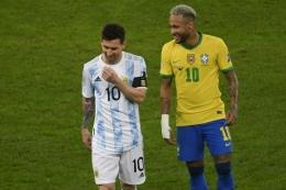 Lionel Messi (kiri) dan Neymar. foto: AFP/Mauro Pimentel dipublikasikan Kompas.com