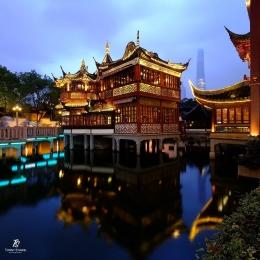 Meskipun modern, Shanghai masih memiliki Tempat Minum Teh seperti ini kawasan Kota Tua Shanghai. Sumber: dokumentasi pribadi