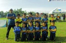 Tim Metro Kukusan U-9 di bawah asuhan Coach Amiruddin (Sumber: indonesiajuniorleague.com)