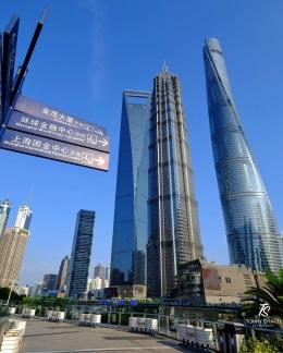 Tiga pencakar langit paling terkenal di Pudong-Shanghai. Sumber: dokumentasi pribadi