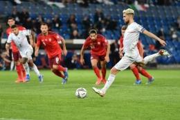 Italia bermain imbang 0-0 lawan Swiss di fase Grup C Kualifikasi Piala Dunia 2022 (sumber: kompas.com)