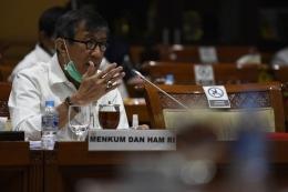 Menteri Yasonna Laoly mengikuti rapat kerja bersama Komisi III DPR di Kompleks Parlemen Senayan, Jakarta. Foto: ANTARA via KOMPAS.co