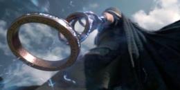 Wenwo menggunakan The Ten Rings untuk bertarung. (Sumber: Dok. Marvel Studios, Capture Trailers Film Shang-Chi)
