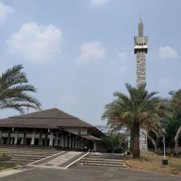 Masjid Bahrul Ulum Puspitek, Serpong|dok. foursquare.com