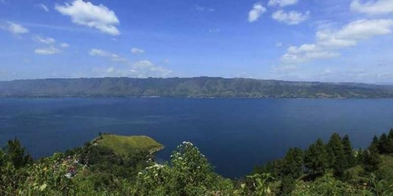 Danau Toba (foto: KOMPAS IMAGES/FIKRIA HIDAYAT)