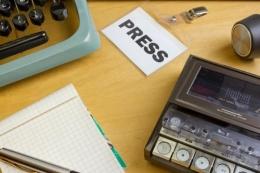Ilustrasi perss dan profesi jurnalis.  Sumber: Shutterstock via Kompas.com