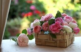 Ilustrasi bunga penuh inspirasi (foto: p4.wallpaperbetter.com)