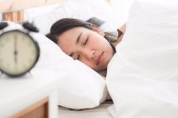 ilustrasi tidur dengan cukup. (sumber: shutterstock via kompas.com)