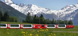 Glacier Express- Swiss. Sumber: www.railbookers.com