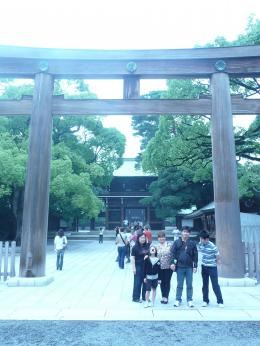Gerbang menuju Kuil Meiji (dok pribadi)