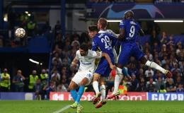 Tandukan Lukaku yang berujung gol ke gawang Zenit: Dailymail.co.uk