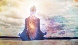 Meditasi pernafasan dan tubuh. Sumber: himalayaninstitute.org