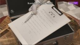 Fenix menyodorkan Kontrak kepada Ikki untuk terus berubah. Gambar: Tangkapan layar pribadi