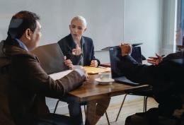 Keahlian berbicara, mempengaruhi karir di tempat kerja (Ilustrasi: www.pexels.com/Sora Shimazaki)