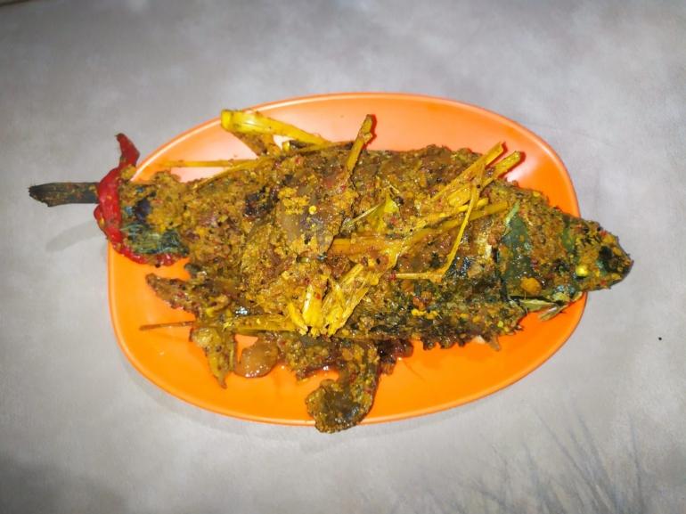 Dengke Arsik kuliner Batak Toba   Foto: DokPri