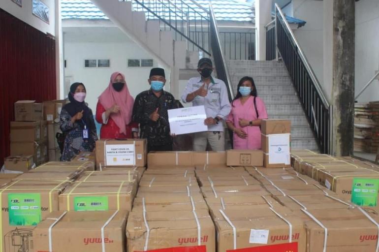 Bantuan alat kesehatan dari PT IMIP untuk Kab. Morowali. Sumber foto: Dok. IMIP