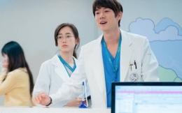 Ahn Jeong Won (Yoo Yeon Seok) dan Jeong Gyeo Ul (Shin Hyun Bin) dalam Hospital Playlist 2. Gambar: wowkeren.com