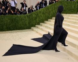 Kim Kardashian, Met Gala 2021. Sumber: Theo Wargo/Getty Images via Elle