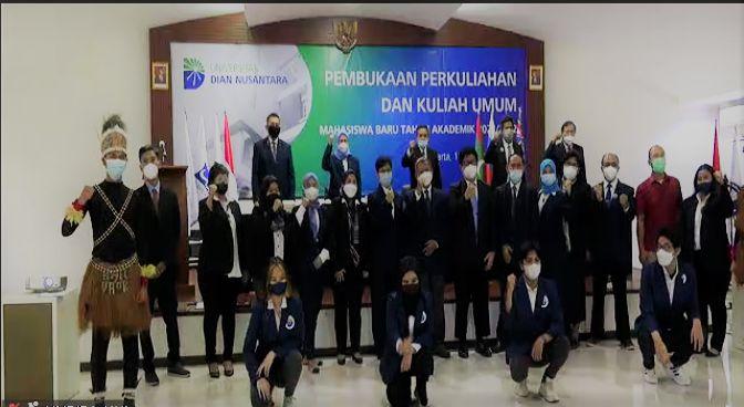 Pembukaan Perkuliahan Universitas Dian Nusantara tahun ajaran 2021/2022. Dokumen Pribadi