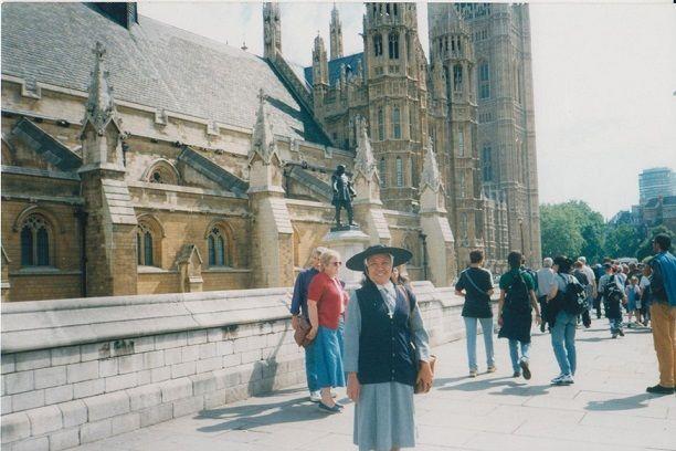 Keliling Kota London berjalan kaki ( dok pri )