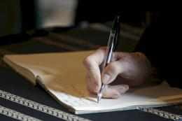 Memulai Menulis (sumber: lifehack.org)
