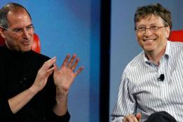Steve Jobs dan Bill Gates (sumber foto ist dalam Kompas.com)
