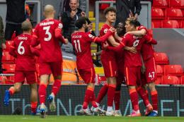 Pemain Liverpool merayakan gol ke gawang Crystal Palace. (via twitter.com/liverpool)