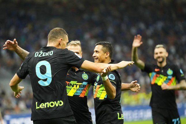 Pemain Inter Milan merayakan gol ke gawang Bologna. (via AP Photo)