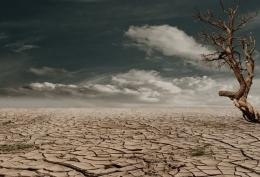 ilustrasi kekeringan akibat perubahan iklim | photo by pixabay from pexels