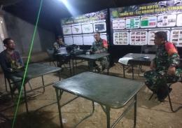 Dandim 0609/Cimahi sedang briefing dengan Danramil 0901/Cililin dan anggota Staf Ter