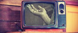 Ilustrasi mengenai eksploitasi kemiskinan di televisi   Tirto.id