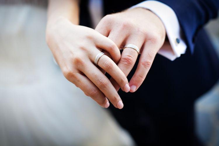 Pernikahan bahagia (Foto: Shutterstock via lifestyle.kompas.com)