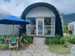 Rumah tenda untuk berkemah (Sumber:dok.pribadi).