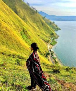 Ulos I https://www.indonesia.travel/