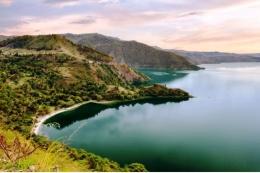 Danau Toba I https://www.indonesia.travel/