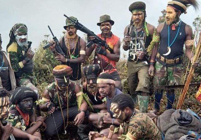 Kelompok KKB Papua. Foto: https://fajar.co.id/.