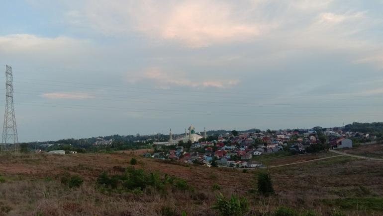 Puisi Betapa Kota Ini Pernah Begitu Mempesona/ Dokpri @ams99 - Bukit Cinta, Gunung Bahagia, Balikpapan