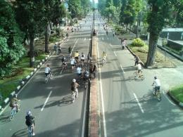 CFD Dago Bandung tahun 2010 sebelum terapiliasi oleh ragam kegiatan lainnya selain jalan kaki, lari, dan bersepeda. ( Foto : Tiyo Adi Wasana, B2W Bdg)