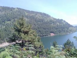 Bukit Holbung Danau Toba sumber doc. Pribadi