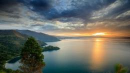 Danau Toba, warisan budaya dan keindahan alam untuk dunia|foto: shutterstock.com